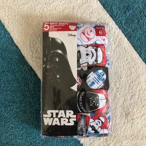 Boys' Star Wars Classic Briefs NWT 6 8